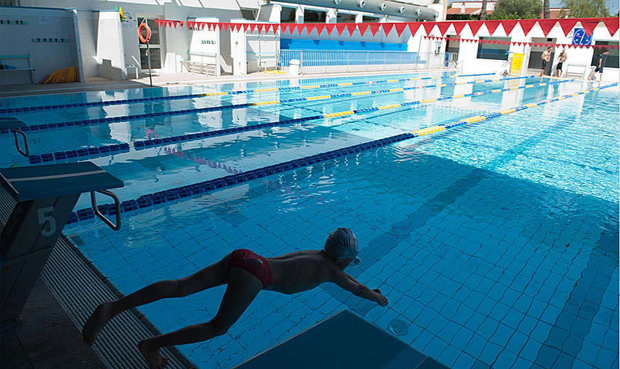 Autohotel Roma è adiacente alla piscina