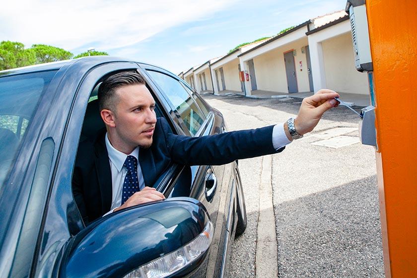 autohotel roma accesso con badge