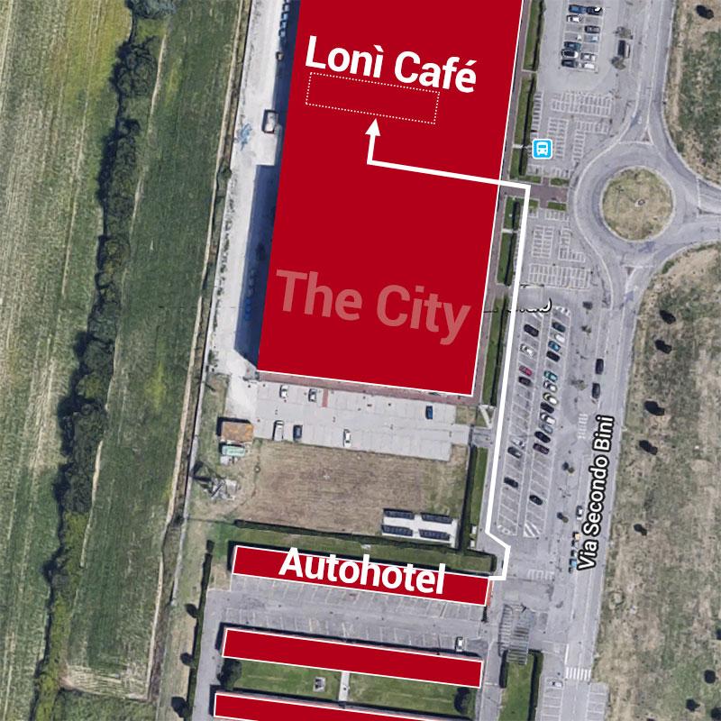 Il bar pasticceria Lonì Café dista solamente 50 metri da Autohotel